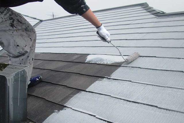 屋根塗装の費用相場