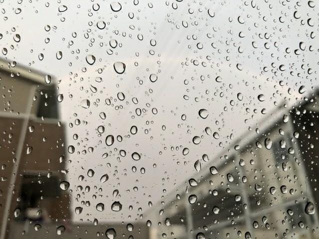 家の大敵、雨漏りの原因は?
