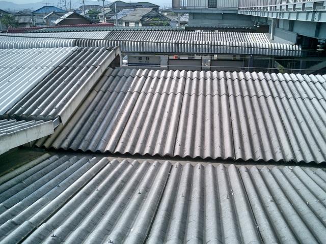 トタン屋根の葺き替え費用は?