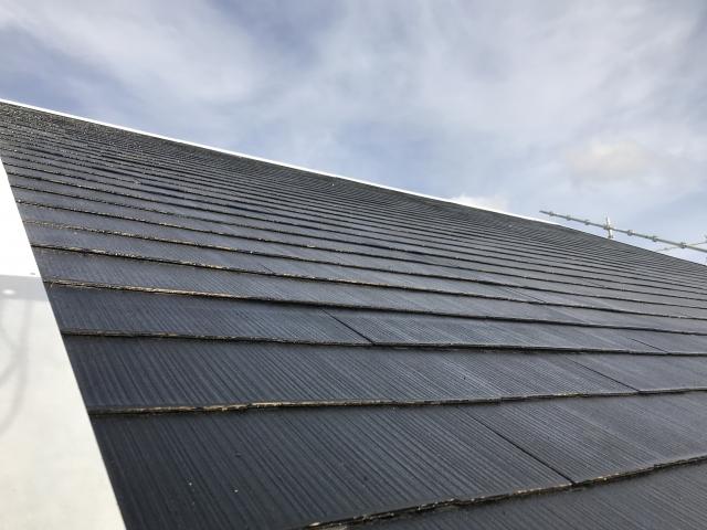コロニアル屋根の葺き替え費用相場はどれくらい?