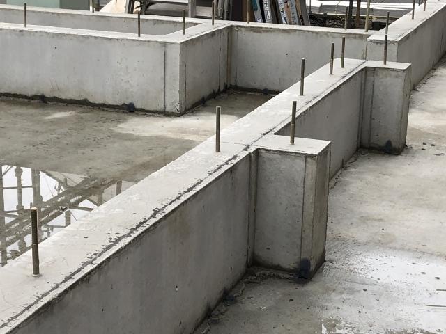 鉄筋コンクリート造も雨漏りは起こります!鉄筋コンクリート造の雨漏り修理について